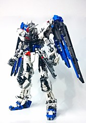LEGO Freedom Gundam ZGMF-X10A [Demo] (demon14082001) Tags: mobile freedom robot perfect lego seed grade suit creation destiny gundam mecha moc zgmfx10a