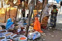 Ethiopia-Danakil-Asayta-Afar people (venturidonatella) Tags: africa colors women market persone donne ethiopia ethnic colori gentes afar d300 etiopia minorities mercati danakil minoranza nikond300 dancalia afarpeople