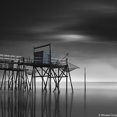 Carrelet Study 4 (Moises Levy L) Tags: longexposure sky blackandwhite 3 france color blancoynegro water architecture blackwhite silk structures hasselblad francia minutes carrelets moiseslevy phaseoneiq260