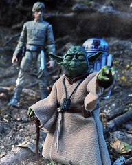 Luke is amazed as Master Yoda lifts the X-Wing out of the swamp. (chevy2who) Tags: black toy star yoda action figure series wars custom