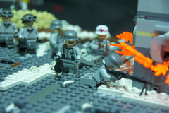 Germans with Captured PPSH-41 -'Death in the snow'- (ResistanceBrick [Juri-Flurry]) Tags: lego battle soviet ww2 minifigs redarmy stalingrad panzergrenadier oostfront dutchlego legoworld2012 epicmoc operationbarbosa sovietatack resistancebrick