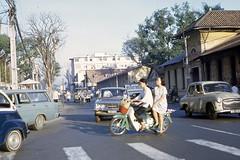 Saigon 1969 - đường Hai Bà Trưng, phía sau Quốc Hội (manhhai) Tags: 1969 saigon
