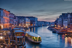 Venice Sunset [ EXPLORE ] (Hadi Al-Sinan Photography) Tags: venice sunset 2 italy sun canon photography boat interesting shot mark best explore 5d 2012 gandola hadi veneto 2470mm gandole alsinan