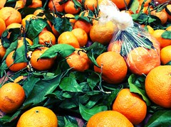 Satsumas (moke076) Tags: food orange leaves mobile fruit phone farmers market 4 cellphone cell produce oranges edible satsuma iphone