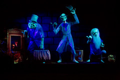 Beware of Hitchhiking Ghosts! (Todd Hurley (Todd_H)) Tags: orlando lowlight image florida disney wdw waltdisneyworld themepark magickingdom hauntedmansion libertysquare darkride hitchhikingghosts canon5dmarkiii 5d3 besthauntedmansionpicture