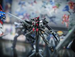 HGUC Gundam AGE-2 Dark Hound (KayOne73) Tags: anime dark lens prime la los expo angeles cosplay 14 hound sigma center age f convention mm ax gundam 85 dg 2012 gunpla plamo hguc