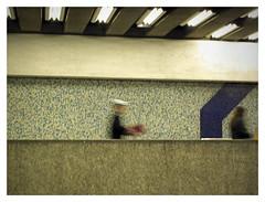 METRO / Paisaje Subterrneo 51 (ORANGUTANO / Aldo Fontana) Tags: santiago people cars subway flickr gente metro carros subte escaleras santiagodechile subterrneo reginmetropolitana orangutano aldofontana