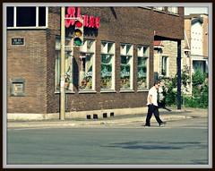 (navejo) Tags: canada man crossing quebec montreal jarry parkex navejo bhane