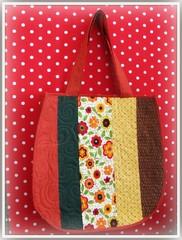 Flores e póa ... (Joana Joaninha) Tags: flores minasgerais love bag quilt amor sampa belohorizonte paulo patchwork bolsa são joanajoaninha