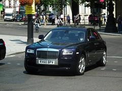 Rolls-Royce Ghost (kenjonbro) Tags: uk blue england london westminster ghost trafalgarsquare rollsroyce charingcross sw1 worldcars kenjonbro fujifilmfinepixhs10 rx60bpv