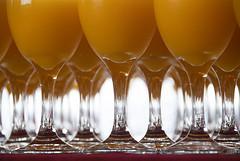 Peaches (victor mendivil) Tags: peru nikon lima sigma buffet sanmiguel cristal copas recepcin vidrio jugo durazno pucp repeticin cruzadas d80 18200mmf3563dcos cruzadasgold victormendivil pontificauniversidadcatolicadelperu jugodedurazno