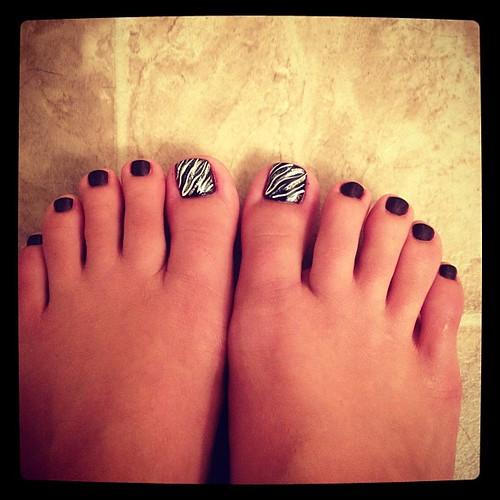 SexyFeetAnShoes RT @BriBri4692: #toes #nails #zebra  http://t.co/cLQLyIXN August 02, 2012 at 09:02AMhttp://bit.ly/NcCIyn