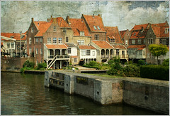 Harbourside Quarter - Enkhuizen, North Holland/NL (macfred64) Tags: texture dutch nikon thenetherlands d200 enkhuizen harbourside textured oldeurope motat northholland tatot magicunicornverybest magicunicornmasterpiece nikonnikkor40mmf28gmicroafsdx nikkor40mmf28gmicroafsdx