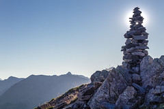 Cairn (Michel Couprie) Tags: summer sun france mountains alps backlight montagne alpes canon eos soleil hole stones sparkle 7d pierres cairn trou hautesalpes granon yahoo:yourpictures=yoursummer