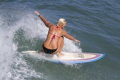 Get low (San Diego Shooter) Tags: sandiego surfer surfing pacificbeach surfergirl sandiegosurfing surfergirlsandiego 2012surfers