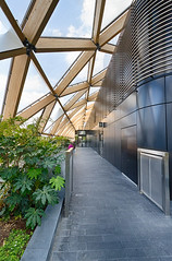 Docklands May 2016 (14 of 31) (johnlinford) Tags: roof london canon garden poplar docklands canarywharf crossrail canonefs1022 canoneos7d crossrailgarden