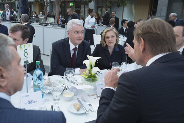 Sergey Sobyanin in discussion with Burkhar Jung