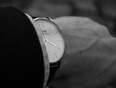 DW (zwanzigzoll) Tags: bw white black classic love dress shot watch wrist 28 wristshot dresswatch canoneos600d24mm2