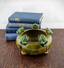 Art Deco Majolica Frog Bowl (Lo & Co Vintage) Tags: brown green vintage ceramic vines whimsy forsale antique toads bowl retro frog frogs etsy planter whimsical fruitbowl majolica majolicaware loandcovintage