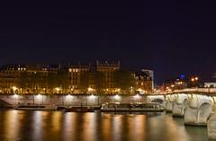 Paris light (Il_naso) Tags: street city bridge light paris france love primavera seine night river photo reflex spring nikon europa europe ponte april luci aprile francia senna notte noi citt parigi beautyful