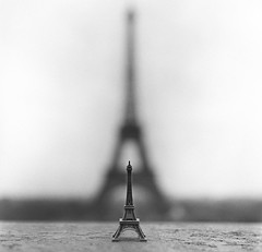 Au revoir, Eiffel (Zeb Andrews) Tags: bw paris france tower film square europe eiffeltower hasselblad kodaktrix figurine finale trocadero bluemooncamera andnowicangobacktoenglishtitles