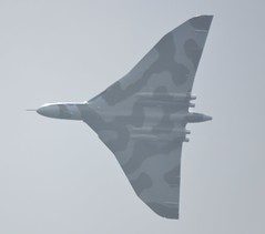 Vulcan, Farnborough Airshow, 13 July 2012 008