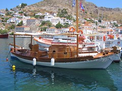 Wooden Classic (Living Fusion) Tags: boat greece woodboat islandharbor