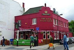 Live and Let Live, West Kensington, W14 (Ewan-M) Tags: london england westkensington w14 londonboroughofhammersmithandfulham londonboroughofhammersmithfulham theliveandletlive liveandletlive theliveletlive liveletlive thepicklednewt picklednewt greenekingpub northendroad cumberlandplace gorlestonstreet formerpub closedpub