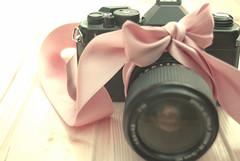 KY (Lucia Cortés Tarragó) Tags: camera pink black vintage photography nikon pastel
