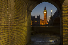 Ben through the Arch (Nigel Eve) Tags: westminster thames bigben palaceofwestminster