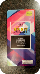 M&S Spirit of Summer Dulce de Leche Chocolate Bar (Lot-o-Choc UK) Tags: chocolate popcorn ms dulcedeleche marksandspencer chocolatereview