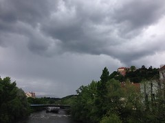 May 13, 2016 2:47pm 01 (seriouscatlady) Tags: bridge trees sky nature rain weather clouds river dark grey afternoon wind cloudy natur himmel wolken grau windy graz brcke fluss mur bume gewitter regen murinsel wetter frhling iphone wolkig regenwetter cloudyday unwetter nachmittag bewlkt windig dster mursteg hauptbrcke iphoneography