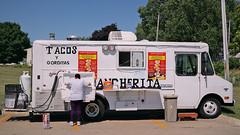 Tacos La Rancherita Truck in Des Moines, Iowa. (Tyrgyzistan) Tags: truck tacos mexicanfood tacotruck desmoines comidamexicana polkcounty centraliowa southsidedesmoines trendyfoodtruck muyautentico