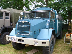 MAN Camper (Zappadong) Tags: auto camping man classic car truck automobile voiture coche classics oldtimer caravan camper mobilehome oldie carshow wohnmobil lastwagen lkw youngtimer 2016 automobil bockhorn mobilhome oldtimertreffen zappadong