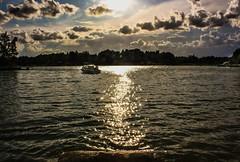 IMG_8981-1 (Andre56154) Tags: sunset sky sun lake water clouds boot see boat wasser sonnenuntergang sweden schweden himmel wolken ufer sonne schren