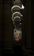 Cripta neorromnica (Carhove) Tags: madrid espaa luz spain arquitectura mural arte arches pintura arcos columnas boveda nikond300 carhove oltusfotos saariysqualitypictures mygearandme mygearandmepremium mygearandmebronze