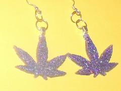 Small purple pot leaf resin earrings (Sugarbunnieboutique) Tags: leaf earring jewelry pot earrings resin marijuana wwwprettylilcreepartfirecom