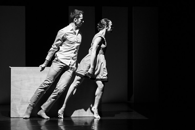 """Thomas Noone Dance - Lugares extrañamente desastrosos • <a style=""""font-size:0.8em;"""" href=""""http://www.flickr.com/photos/32810496@N04/7465880626/"""" target=""""_blank"""">View on Flickr</a>"""