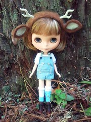 Dare In Big Sur (Hamster Hill) Tags: bigsur antlers overalls blythe dare pda2 deerears