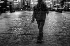 solitude (Leonardo Amaro Rodrigues ) Tags: street bw solitude do surreal pb urbano prova devaneio sobreposta foradotempo almaurbana realidadesobrepostaaprovadosurrealurbano