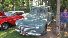 1946 Ford 4-door sedan (JarvisEye) Tags: auto show canada ford car sedan automobile antique newbrunswick moncton concours centennialpark 1946 4door atlanticnationals