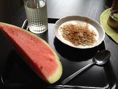 Frukost 18/8 (Atomeyes) Tags: fil mat melon vatten citron frukost kanel msli