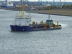 UKD-Marlin-C-20-May-2016 (Steve Ellwood Whitley Bay) Tags: imo ellwood dredger northshields northeastengland portoftyne ukdmarlin steveellwood westernquay humbermarlin callsignmsbk2 mmsinumber232001610