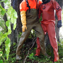 Chameau-Thor-Bach6039 (Kanalgummi) Tags: rubber gloves worker sewer waders drysuit kanalarbeiter gummihandschuhe gummianzug gummihose chestwaders égoutier trockenanzug