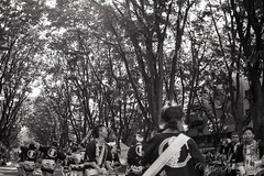 20160515-01 (GenJapan1986) Tags: 2016 kodakprofessionaltrix400 nikonnewfm2 フィルム 仙台市 宮城県 青葉まつり 日本 japan miyagi film blackandwhite monochrome 白黒