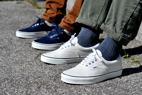 Buy vans era navy on feet > 56% OFF!