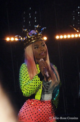 Nicki Minaj (ellierosecousins) Tags: pink mine tour live stage wig rap outfits 2012 hammersmithapollo pinkfriday nickiminaj romanreloaded