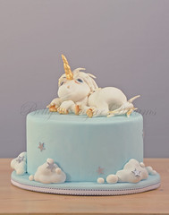Unicorn (Bettys Sugar Dreams) Tags: cake germany hamburg betty unicorn einhorn torte fondant deko sugarpaste cakepirate modellierung tortendekoration bettinaschliephakeburchardt bettyssugardreams cakemagazine tortenmagazin