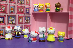 Hello Kitty with family & friends (Jay Tilston) Tags: hello grandma cute set toy thomas joey kitty books mama tracy grandpa sanrio busy kawaii childrens papa jody figurine fifi tippy mimmy