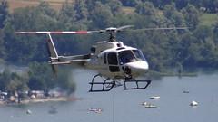 HB-ZLK Baustellen-Helikopter in der Hochsaison. In Orselina über Locarno. Hintergrund Tenero und Lago Maggiore. Lärm, Kerosinabgase, Absturzrisiko und Feinstaub. Bei steigenden Ozonwerten um 100 µg/m³(*). (王磊爱) Tags: schweiz switzerland tessin ticino chopper grau helicopter locarno noise svizzera weiss heli hubschrauber risiko lärm helikopter rumore orselina elicottero absturzgefahr noisepollution fluglärm langensee lepublic grauweiss absturzrisiko hbzlk rumoredielicottero helikopterlärm hubschrauberlärm rumoredielicotteri bruitdhelicopter risikoabwälzung risikodeckung